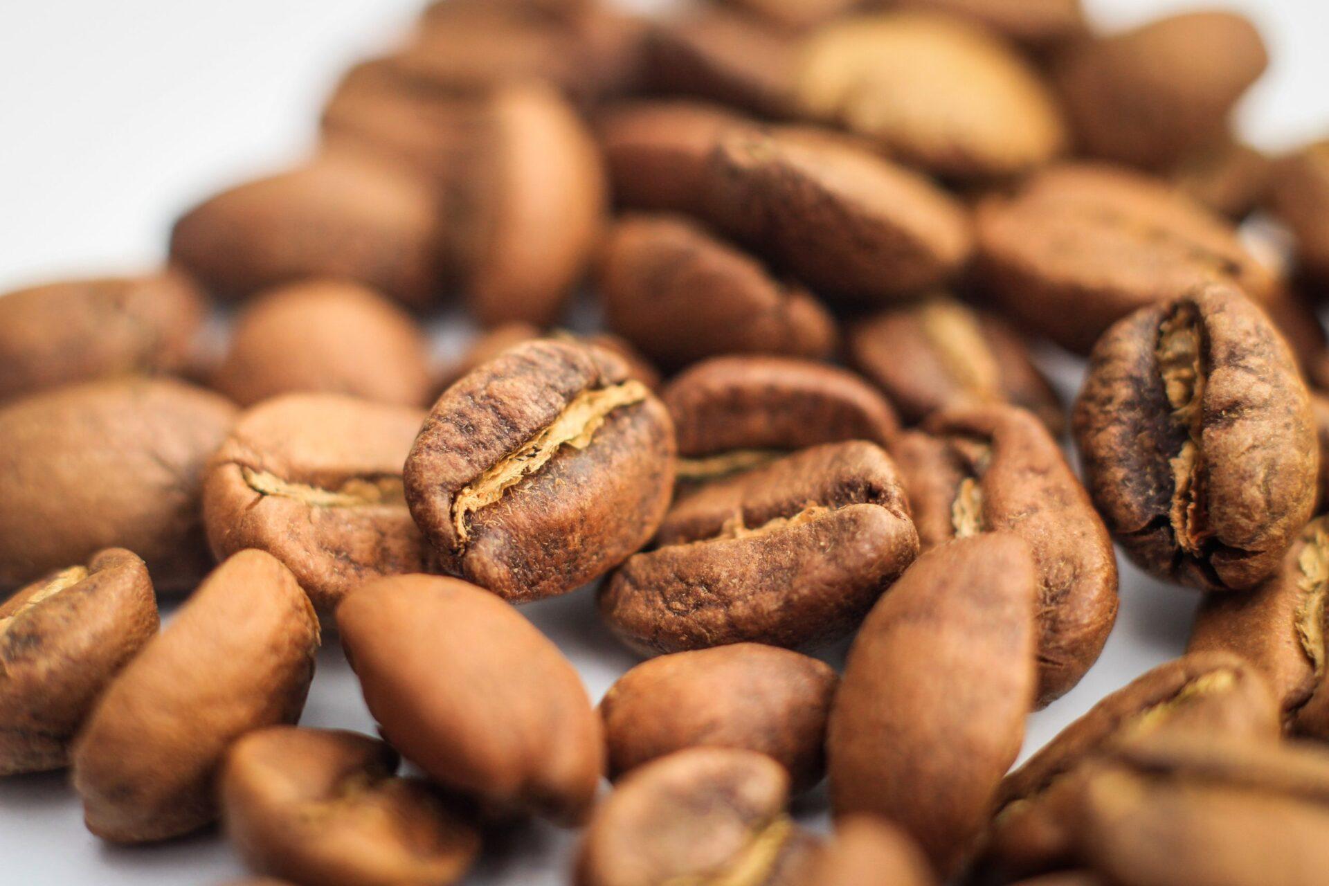 Zrnko kávy